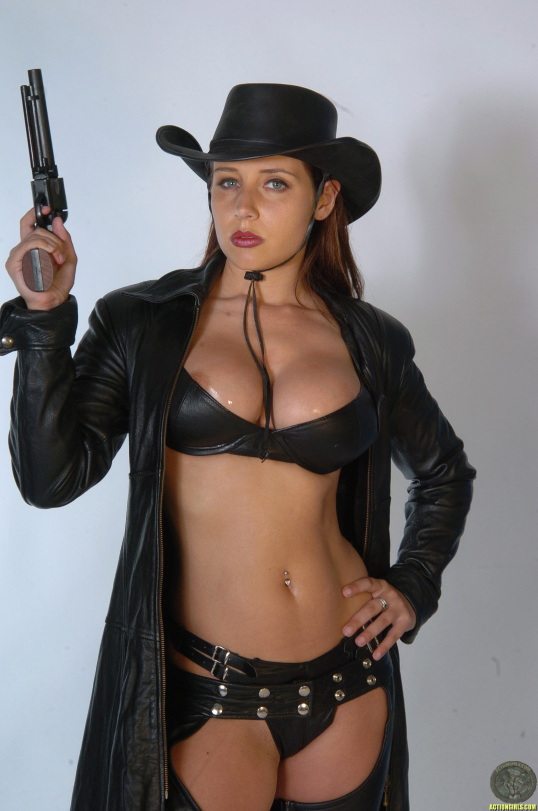 bru te recruit erica campbell actiongirls